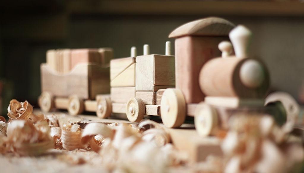 juguetes de madera ecológica