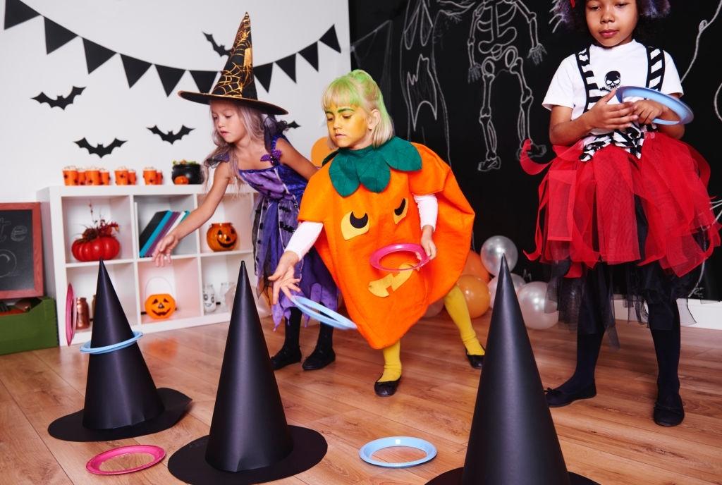 Ideas de juegos para hacer en Halloween si te quedas en casa con niños