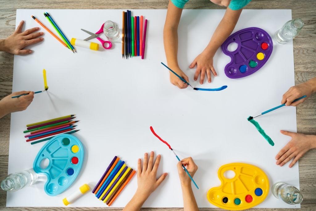 Manualidades con Niños en Casa | Ideas para no aburrirse