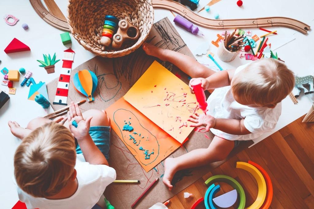 clasificación de juguetes montessori