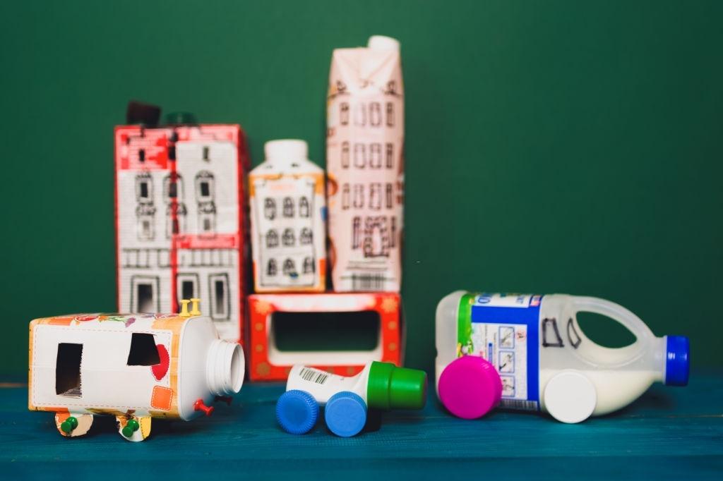 Juguetes sostenibles de plástico
